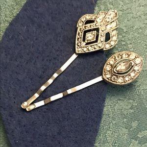 Chloe + Isabel Accessories - Hair pin